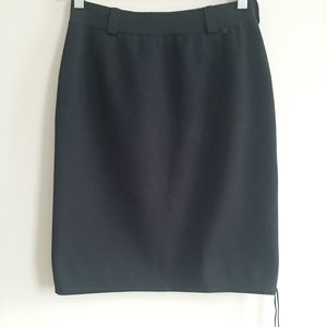 100% Authentic Chanel Black A-Line Midi Skirt sz40